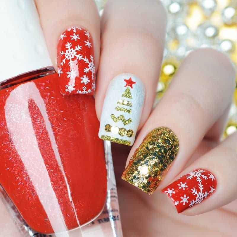 Detailed Red & Gold Christmas Inspired Nails