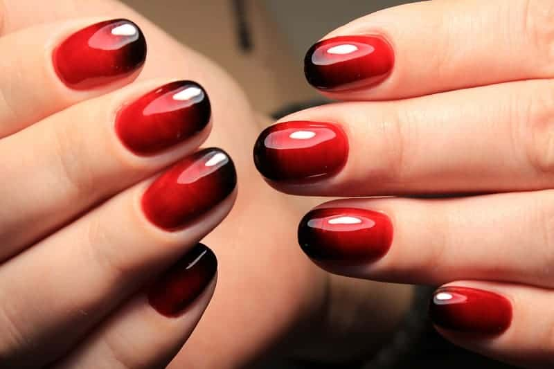Natural Short Oval Nails With Black And Red Ombre