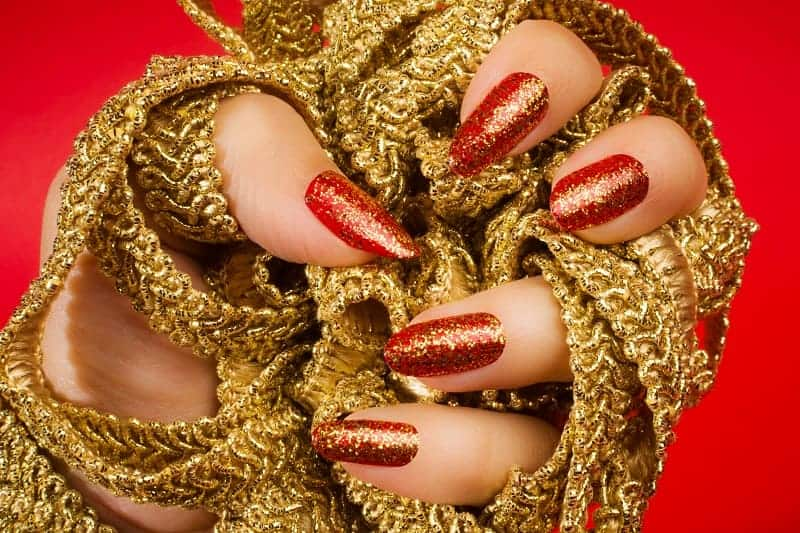 Red Gold Mixed Together Oval Nails