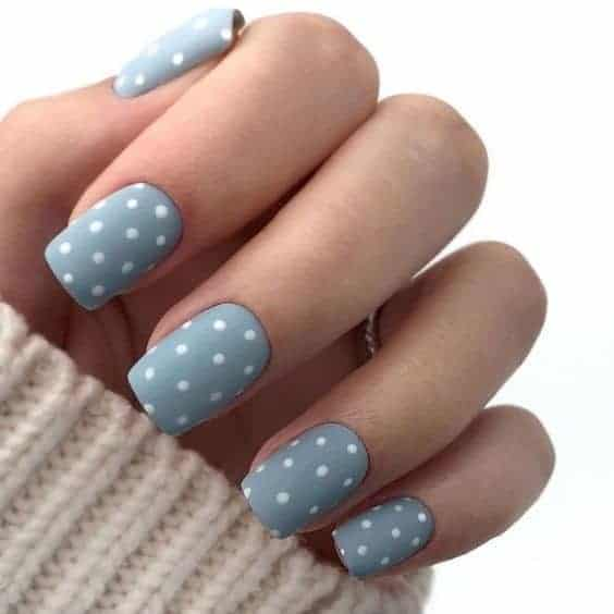 Polka Dot Bright Blue Short Manicure