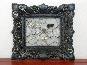 LACE PICTURE FRAME EARRING HOLDER