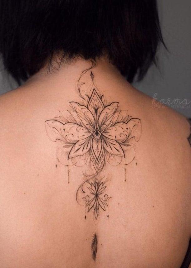 Detailed & Feminine Flower Tattoo Outline Work