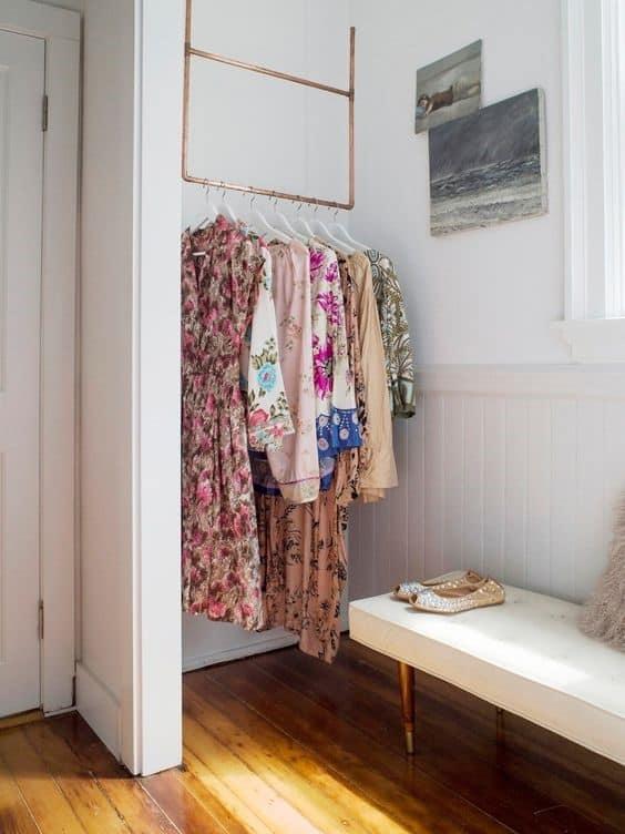 11. Corner Inspired Small DIY Clothing Rack