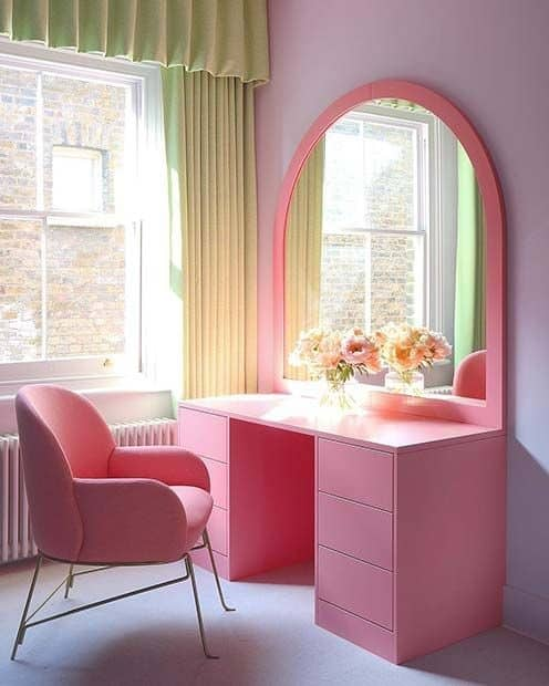 13. Dramatic & Feminine Pink Vanity Table
