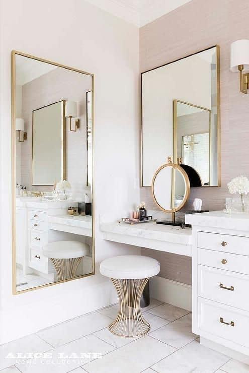 19. Feminine Pink & White Vanity