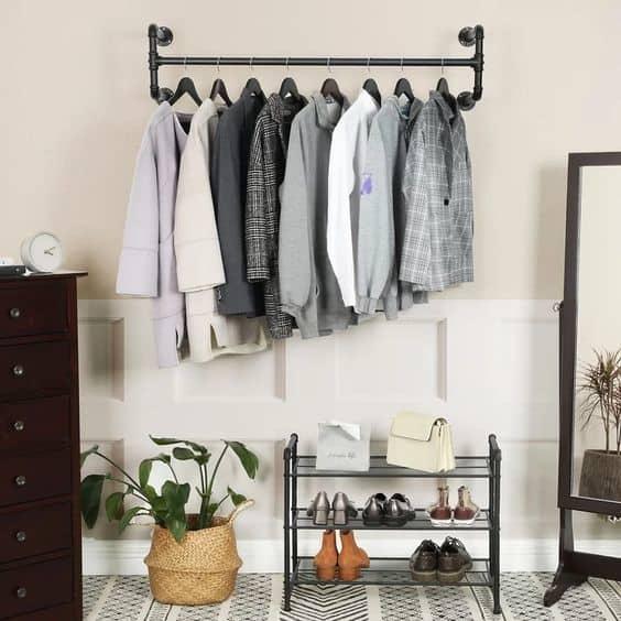 20. Men Inspired DIY Clothing Rack