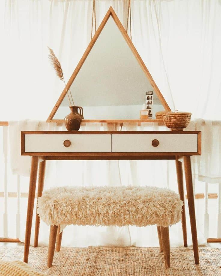 20. Retro & Wood inspired Triangle Vanity Table