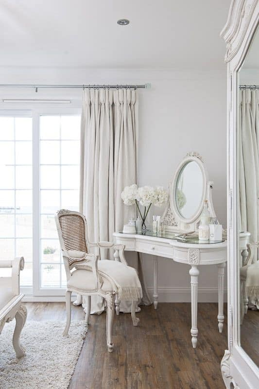 21. Romantic All White Vanity Table