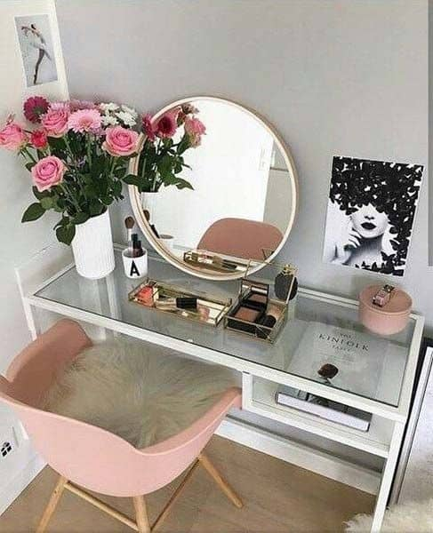 23. Feminine, Flirty & Floral Pink Vanity Table