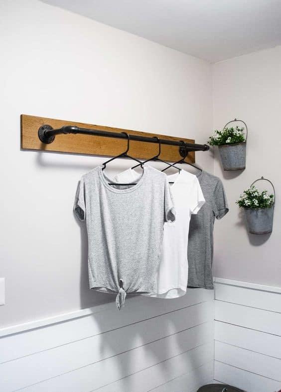 5. Simplistic And Minimalistic DIY Clothing Rack
