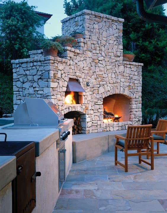 8. Large & Extravagant DIY Pizza Oven With Outdoor Exterior