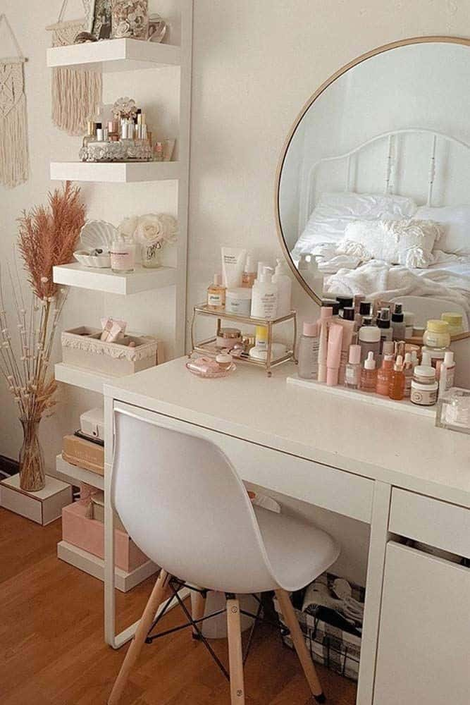 Rose Pink Vanity Table