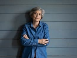 Hairstyles For Grey Hair Over 60