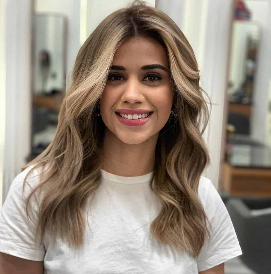 Hairstyles For Round Face Female Look