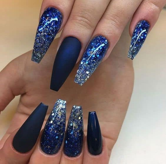 Stiletto Dramatic Navy Blue Nails With Glitter