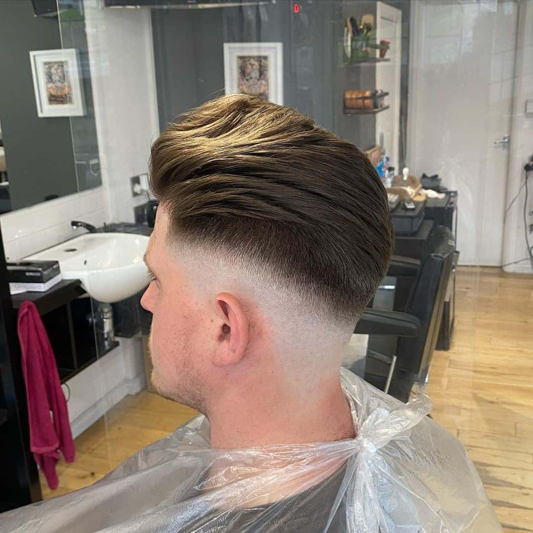 Voluminous Hair For Guys With Round Face